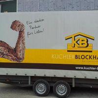 fahrzeugbeschriftung-anhaenger-beschriftung-kuchler-blockhaus