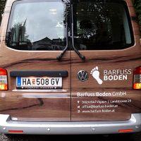 carwrapping-holzoptik-bedruckte-folie-vw-bus