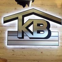 3d-logo-kunstoff-edelstahl-led-licht-messe-kb